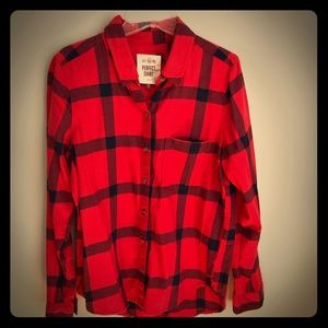 Tops - Red and blue super soft flannel shirt